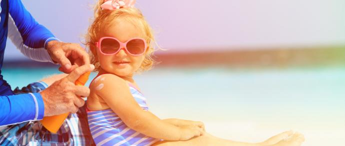 Protecting children's skin in the sunshine