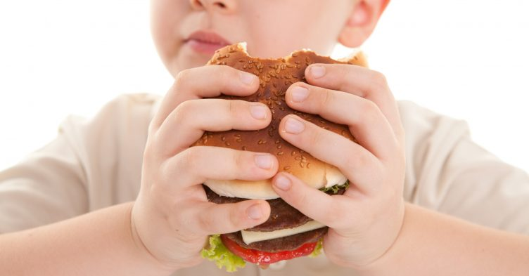 Government action on childhood obesity 'slow', watchdog warns