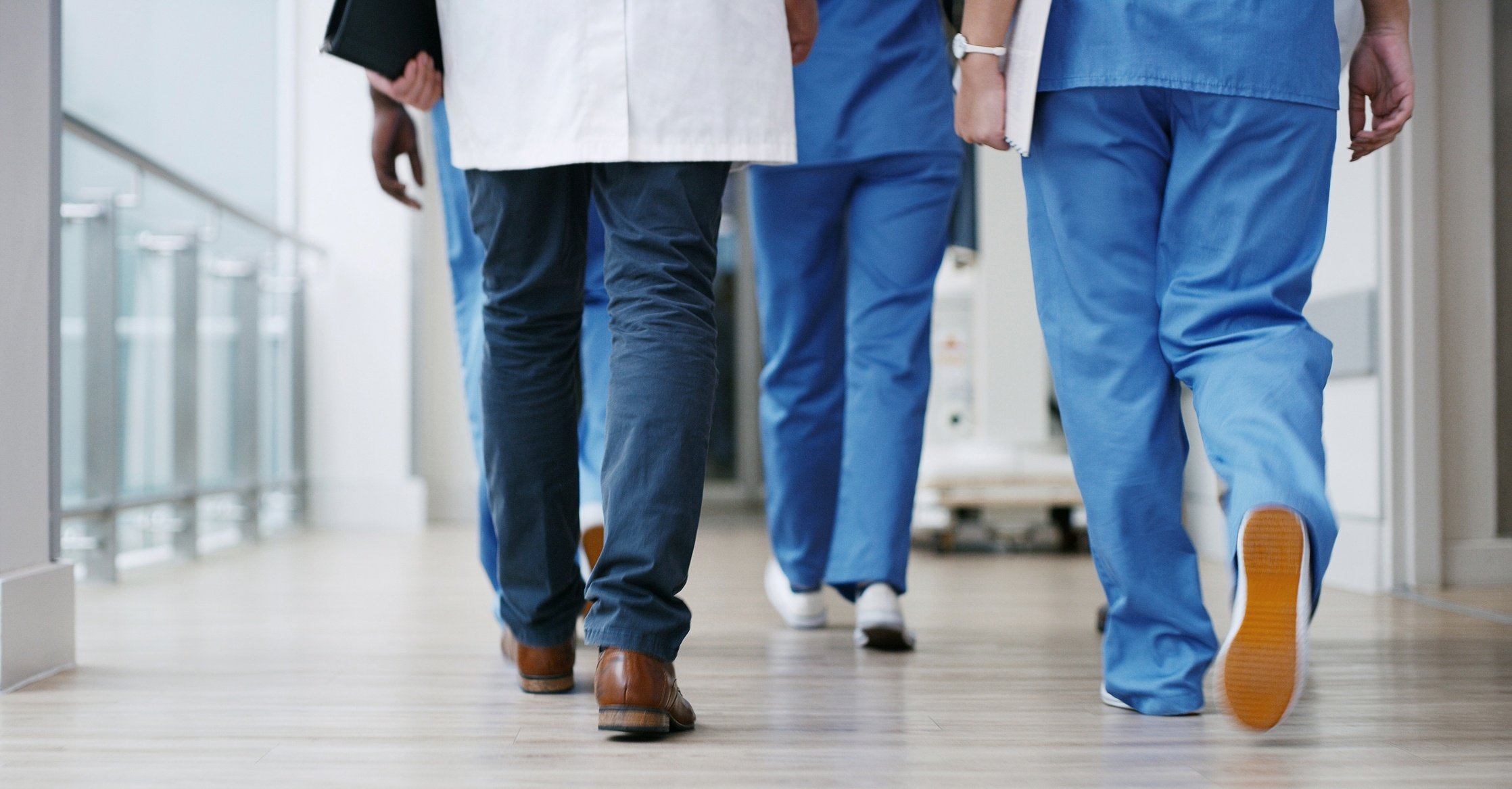 Nursing 'facing emerging crisis'