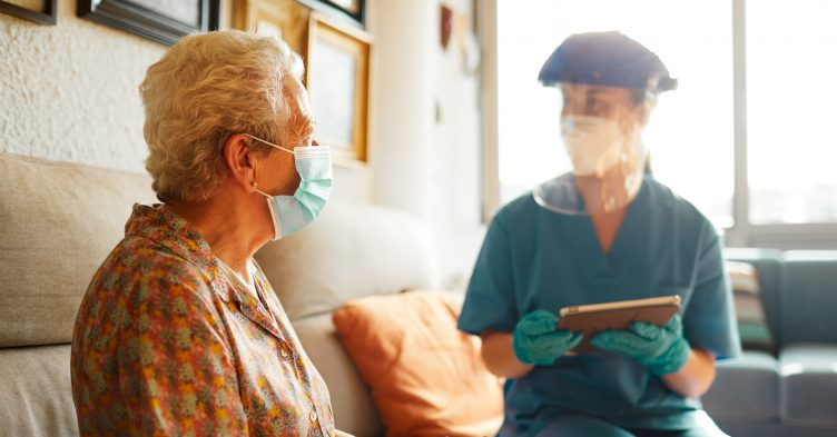 Care home nurses: 'Let us vaccinate our residents without supervision'