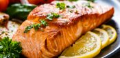 'Eating oily fish twice a week reduces cardiovascular risk'