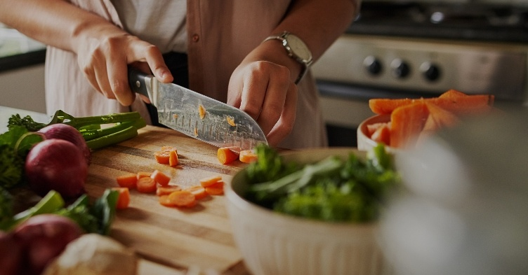 Polycystic Ovary Syndrome dietary options and their role in preventing type 2 diabetes